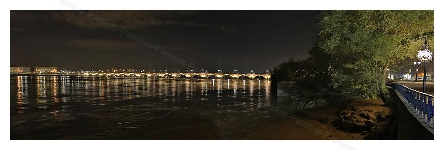 Bordeaux By Night Panorama%20Bordeaux%202-border