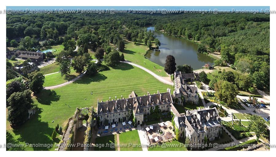 Abbaye des vaux de cernay paysage for Abbaye des vaux de cernay piscine
