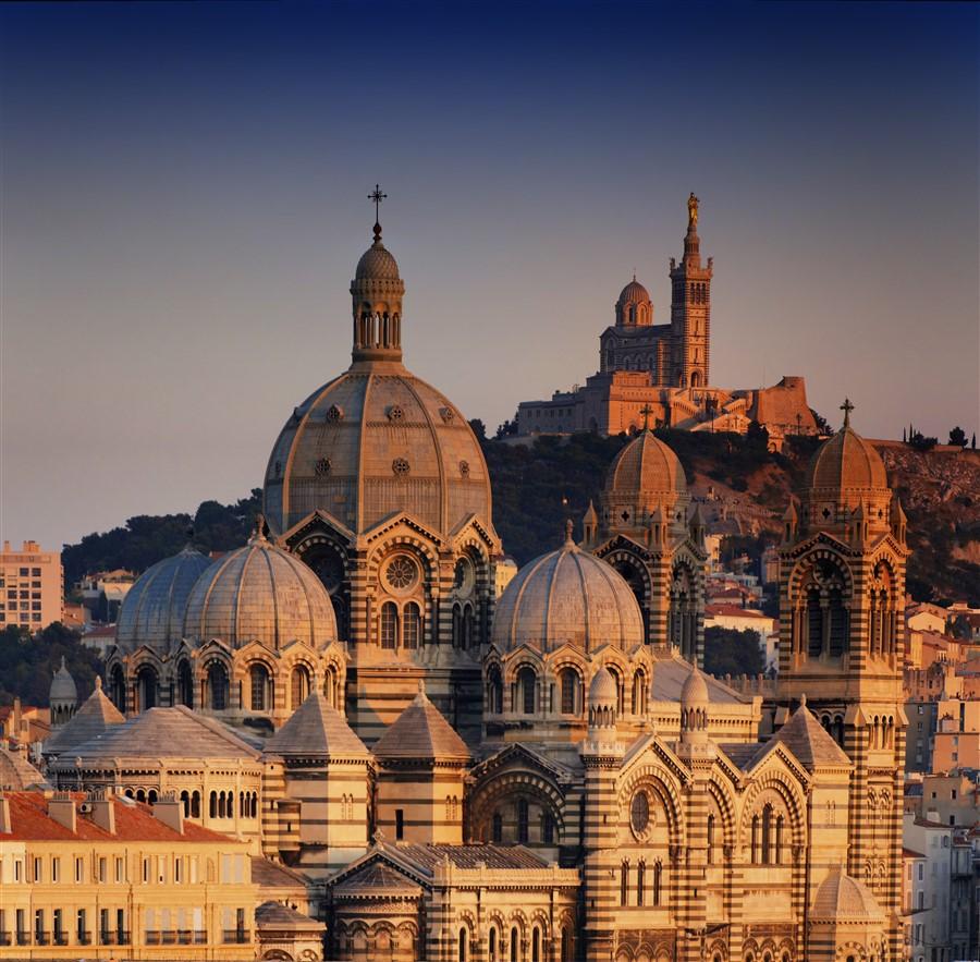 Tour de La Corse (Presque) Cathedrales