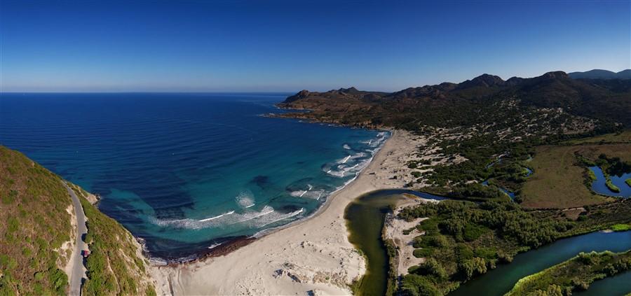 Tour de La Corse (Presque) Plage%20Desert%20Agriates