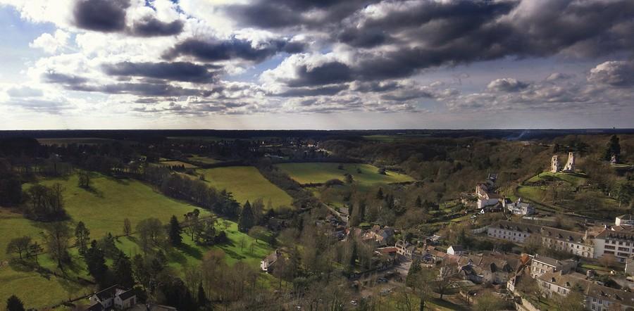 Montfort Lamaury Panorama%20Mointfort%20Lamaury-BorderMaker