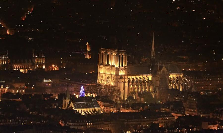 Photo Aerienne de Paris by Night Notre%20Dame-BorderMaker